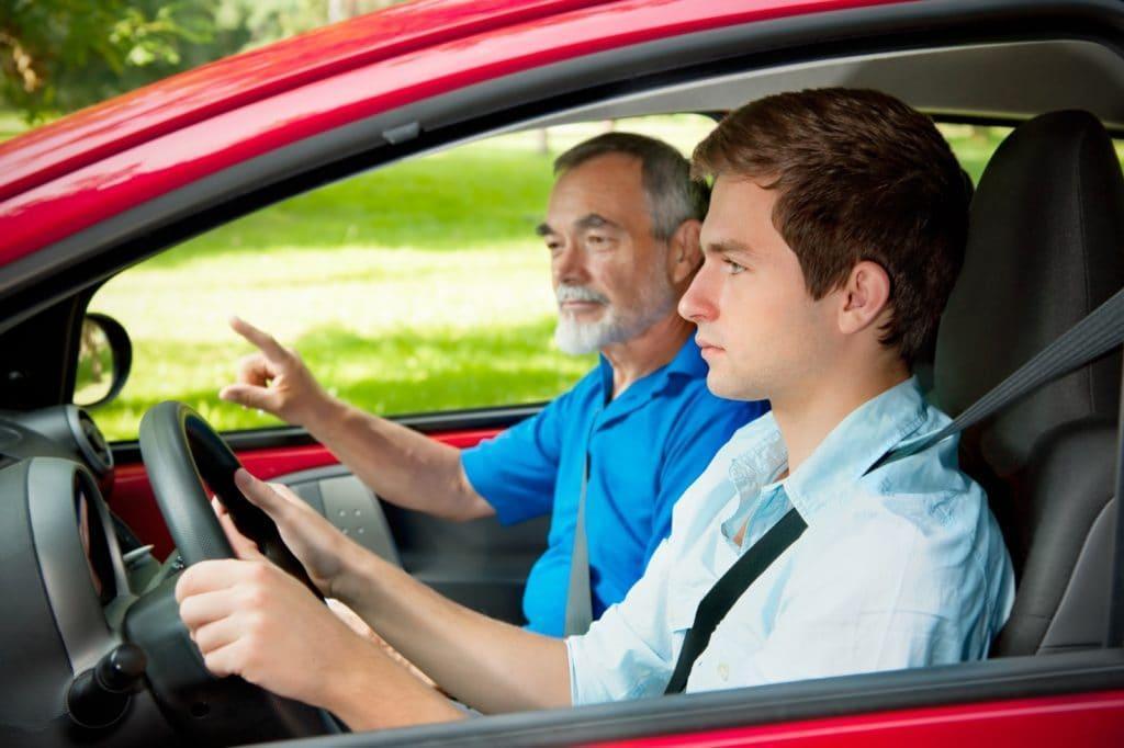 Prawo jazdy kategorii B. Od kursu po egzamin