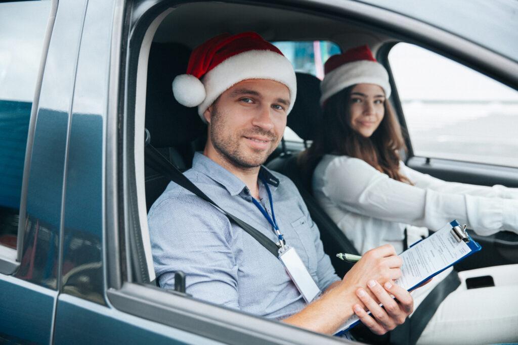 Dlaczego warto robić kurs na prawo jazdy zimą?